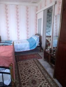 Bakı şəhəri, Nizami rayonu, 8-ci kilometr qəsəbəsində, 2 otaqlı köhnə tikili satılır (Elan: 158063)