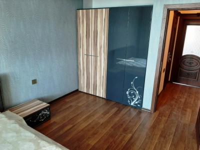 Bakı şəhəri, Nərimanov rayonunda, 4 otaqlı yeni tikili kirayə verilir (Elan: 108021)