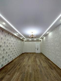 Bakı şəhəri, Nizami rayonu, 8-ci kilometr qəsəbəsində, 3 otaqlı yeni tikili satılır (Elan: 202163)