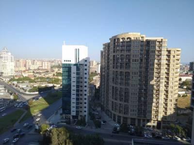 Bakı şəhəri, Yasamal rayonunda, 4 otaqlı yeni tikili kirayə verilir (Elan: 113252)