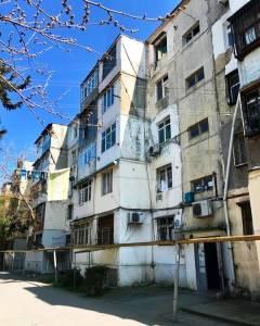 Bakı şəhəri, Nizami rayonu, 8-ci kilometr qəsəbəsində, 2 otaqlı köhnə tikili satılır (Elan: 158053)