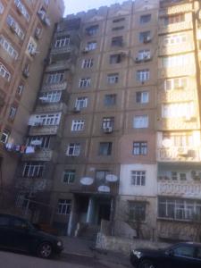 Bakı şəhəri, Nəsimi rayonunda, 4 otaqlı köhnə tikili satılır (Elan: 106181)