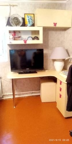 Bakı şəhəri, Səbail rayonunda, 3 otaqlı köhnə tikili kirayə verilir (Elan: 201081)