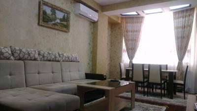 Bakı şəhəri, Nəsimi rayonunda, 3 otaqlı yeni tikili kirayə verilir (Elan: 158136)