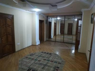 Bakı şəhəri, Yasamal rayonunda, 4 otaqlı yeni tikili satılır (Elan: 114692)