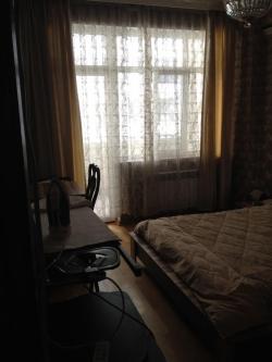 Bakı şəhərində, 3 otaqlı yeni tikili kirayə verilir (Elan: 193762)