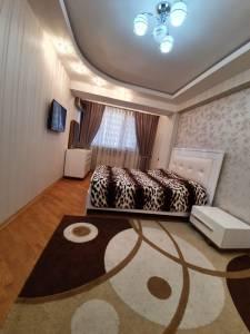 Bakı şəhəri, Nəsimi rayonunda, 3 otaqlı yeni tikili kirayə verilir (Elan: 158075)