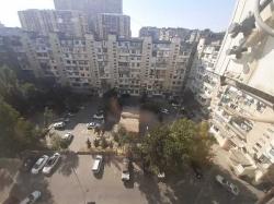 Bakı şəhəri, Yasamal rayonu, Yeni Yasamal qəsəbəsində, 2 otaqlı köhnə tikili kirayə verilir (Elan: 201498)