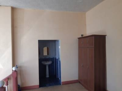 Bakı şəhəri, Abşeron rayonu, Saray qəsəbəsində, 5 otaqlı ev / villa satılır (Elan: 167274)