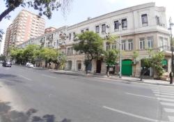 Bakı şəhəri, Nəsimi rayonunda, 3 otaqlı köhnə tikili satılır (Elan: 202038)