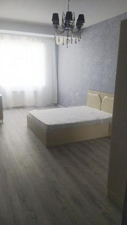 Bakı şəhəri, Nərimanov rayonunda, 4 otaqlı yeni tikili kirayə verilir (Elan: 193595)