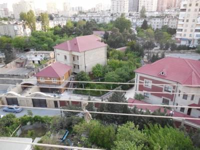Bakı şəhəri, Nəsimi rayonunda, 3 otaqlı köhnə tikili satılır (Elan: 145642)