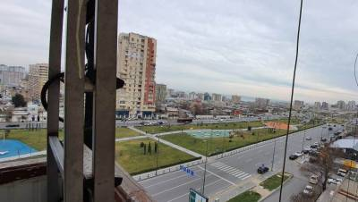 Bakı şəhəri, Yasamal rayonunda, 4 otaqlı köhnə tikili satılır (Elan: 126750)