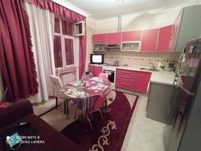 Bakı şəhəri, Yasamal rayonunda, 3 otaqlı yeni tikili kirayə verilir (Elan: 157970)