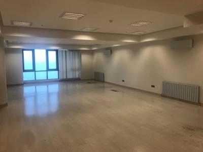 Bakı şəhəri, Xətai rayonunda, 1 otaqlı ofis kirayə verilir (Elan: 152942)