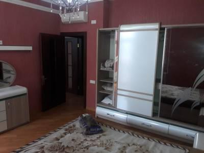 Bakı şəhəri, Nəsimi rayonunda, 4 otaqlı yeni tikili kirayə verilir (Elan: 166525)