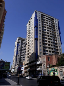 Bakı şəhəri, Nəsimi rayonunda, 3 otaqlı yeni tikili kirayə verilir (Elan: 107526)