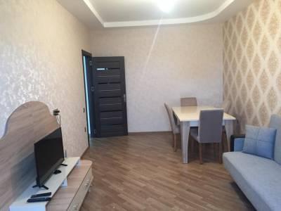 Bakı şəhəri, Nəsimi rayonunda, 2 otaqlı yeni tikili kirayə verilir (Elan: 158182)