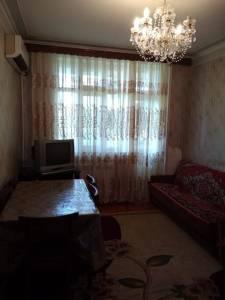 Bakı şəhəri, Sabunçu rayonu, Bakıxanov qəsəbəsində, 4 otaqlı köhnə tikili satılır (Elan: 120635)