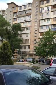 Bakı şəhəri, Binəqədi rayonu, 8-ci mikrorayon qəsəbəsində, 2 otaqlı köhnə tikili satılır (Elan: 158120)