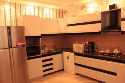 Bakı şəhəri, Nərimanov rayonunda, 8 otaqlı ev / villa kirayə verilir (Elan: 109011)
