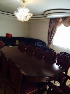 Bakı şəhəri, Xətai rayonunda, 3 otaqlı köhnə tikili kirayə verilir (Elan: 107330)