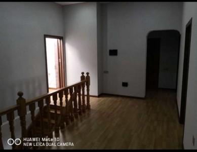 Xırdalan şəhərində, 4 otaqlı yeni tikili satılır (Elan: 109293)