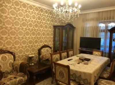 Bakı şəhəri, Nizami rayonu, 8-ci kilometr qəsəbəsində, 4 otaqlı yeni tikili kirayə verilir (Elan: 132759)