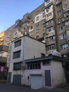Bakı şəhəri, Nərimanov rayonunda, 4 otaqlı köhnə tikili satılır (Elan: 157814)