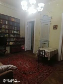Bakı şəhəri, Səbail rayonunda, 3 otaqlı köhnə tikili satılır (Elan: 188390)
