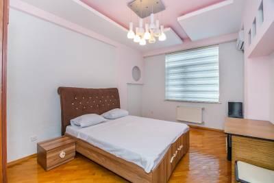 Bakı şəhəri, Nəsimi rayonunda, 3 otaqlı yeni tikili kirayə verilir (Elan: 160283)