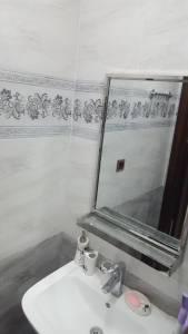 Bakı şəhəri, Yasamal rayonunda, 2 otaqlı yeni tikili kirayə verilir (Elan: 148076)
