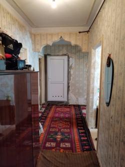 Bakı şəhəri, Yasamal rayonu, Yasamal qəsəbəsində, 3 otaqlı köhnə tikili satılır (Elan: 202228)