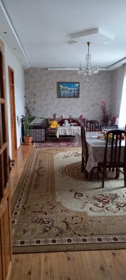 Bakı şəhəri, Xəzər rayonu, Binə qəsəbəsində, 4 otaqlı ev / villa satılır (Elan: 184985)