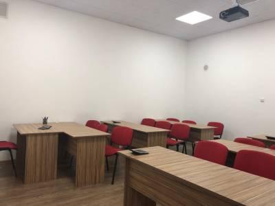 Bakı şəhəri, Nəsimi rayonunda, 5 otaqlı ofis kirayə verilir (Elan: 160556)