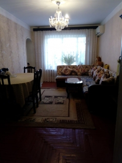 Bakı şəhəri, Nərimanov rayonunda, 2 otaqlı köhnə tikili satılır (Elan: 184328)