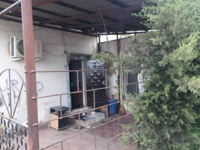 Bakı şəhəri, Səbail rayonu, Bayıl qəsəbəsində, 4 otaqlı ev / villa satılır (Elan: 130118)