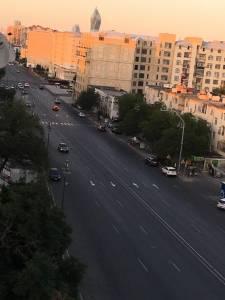 Bakı şəhəri, Nərimanov rayonunda, 3 otaqlı köhnə tikili satılır (Elan: 144691)